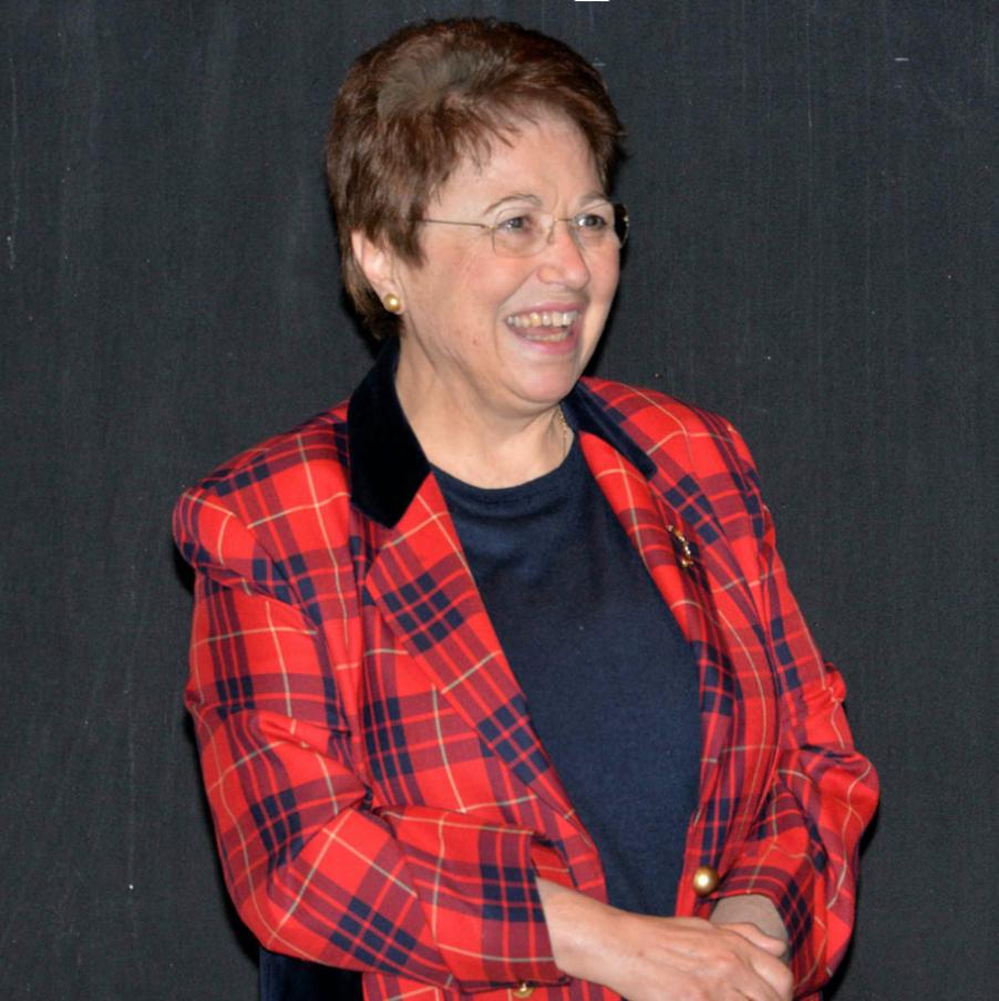 Η ιδρύτρια των κέντρων ξένων γλωσσών κ. Βασιλική Καραγιάννη Χατζή